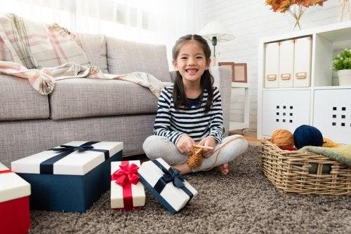 Les jouets à la mode pour noël font partie de la liste des souhaits des enfants.