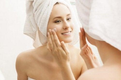 6 astuces pour maintenir la peau hydratée et en parfait état