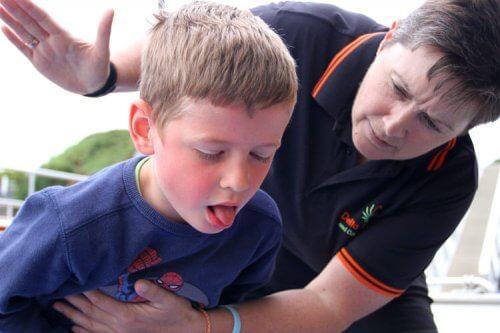 L'anaphylaxie chez les enfants doit être traitée immédiatement car elle est potentiellement mortelle.