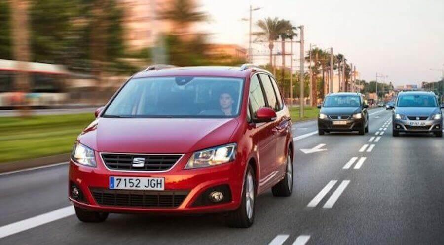 La SEAT Alhambra est une voiture idéale pour les familles nombreuses.