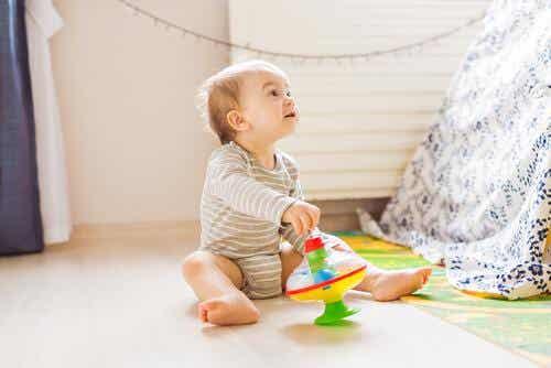 La curiosité chez l'enfant : caractéristiques et bienfaits