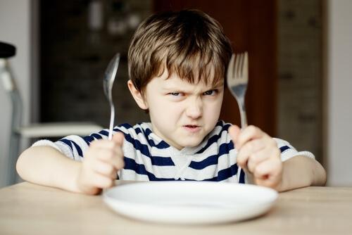 Un enfant exprime sa colère