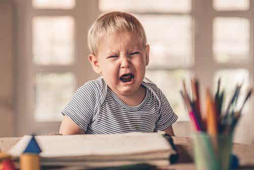 La raison des caprices et des colères chez les enfants