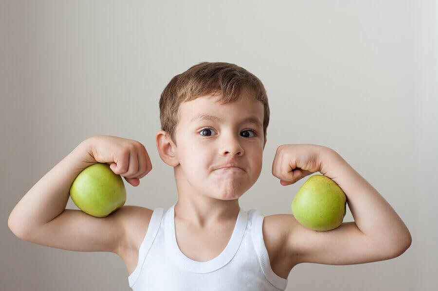 Les bienfaits psychologiques du sport chez les enfants vont de pair avec les bénéfices physiques.