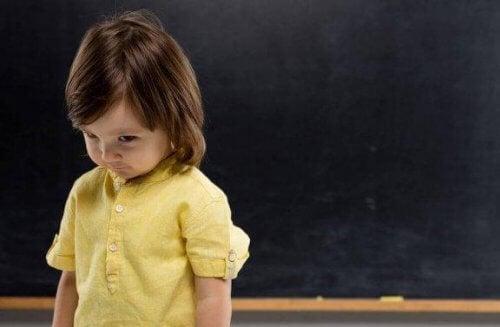 La timidité pendant l'enfance : comment y faire face ?