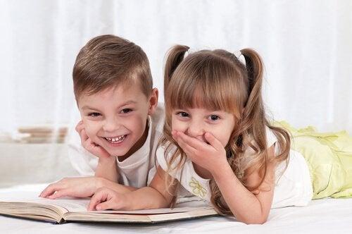 Les jeux pour apprendre à lire permettent aux enfants de pouvoir communiquer et d'entrer dans un nouveau monde.