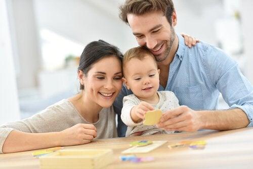 la discipline constructive pour enseigner aux bébés
