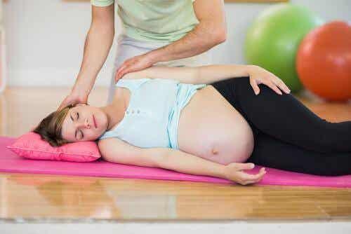 Peut-on faire des abdominaux au cours de la grossesse ?