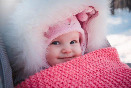 Vêtements nécessaires pour un bébé en hiver