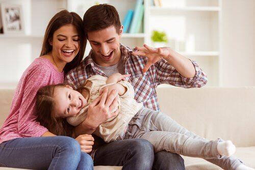 L'éducation des enfants n'a pas de règles et doit se faire dans la communication et l'amour.