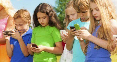 Les maladies numériques chez les enfants sont réellement dangereuses.