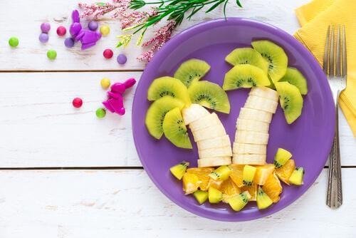6 façons de rendre les fruits attractifs pour les enfants