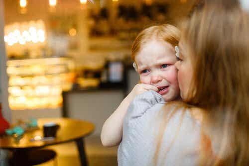 Premiers soins chez l'enfant : comment les appliquer ?