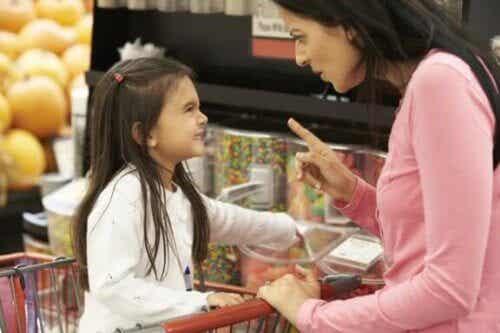 Ne pas donner aux enfants tout ce qu'ils demandent