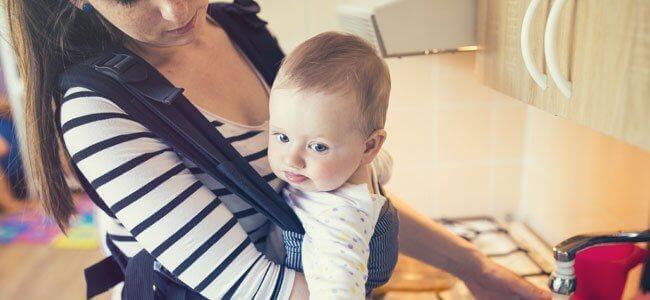 porter son bébé en porte bébé