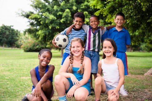 Est-il sain pour les enfants de faire des devoirs scolaires pendant l'été?