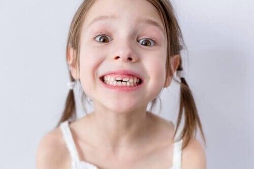 A un moment de son enfance, il est fort probable qu'un petit souffre de maux de dents.