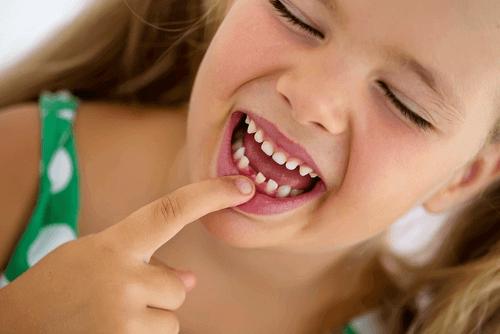 Les maux de dents chez les enfants