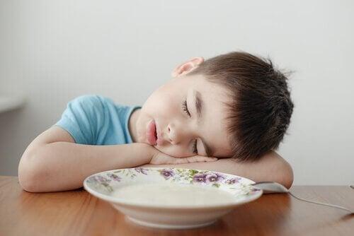 La narcolepsie chez les enfants est un trouble très courant qui touche de nombreux jeunes.