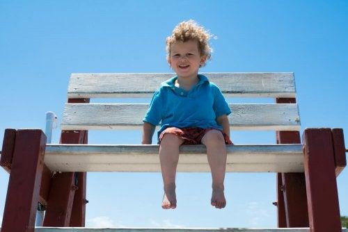 Prendre soin des pieds des enfants aidera à prévenir les éventuels problèmes à l'âge adulte.