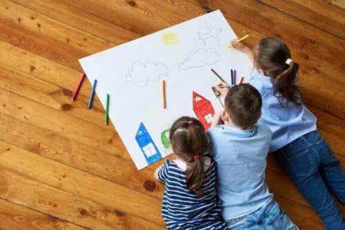 7 manières de stimuler la créativité infantile grâce au dessin