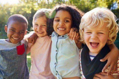 L'importance de la socialisation pendant l'enfance
