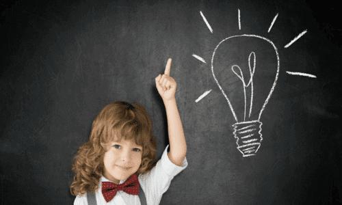 Pour savoir si un enfant est surdoué, il faut prendre en compte divers indicateurs.
