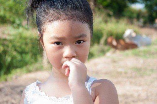Comment empêcher les enfants de se ronger les ongles ?