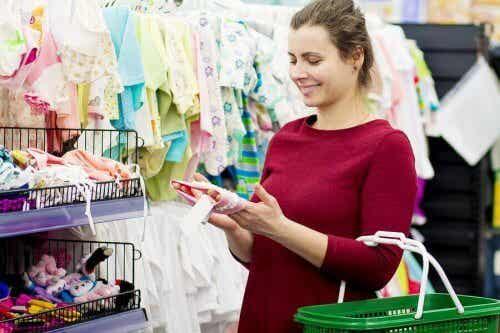 Faire les bons achats lorsque l'on est mère pour la première fois