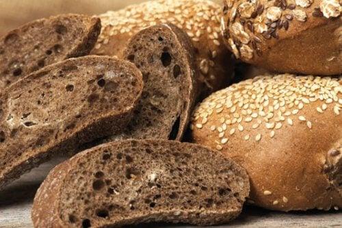 Le pain complet doit faire partie des recettes pour les femmes diabétiques pendant leur grossesse.