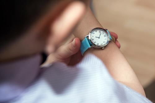 Pourquoi faut-il apprendre aux enfants à être ponctuels ?