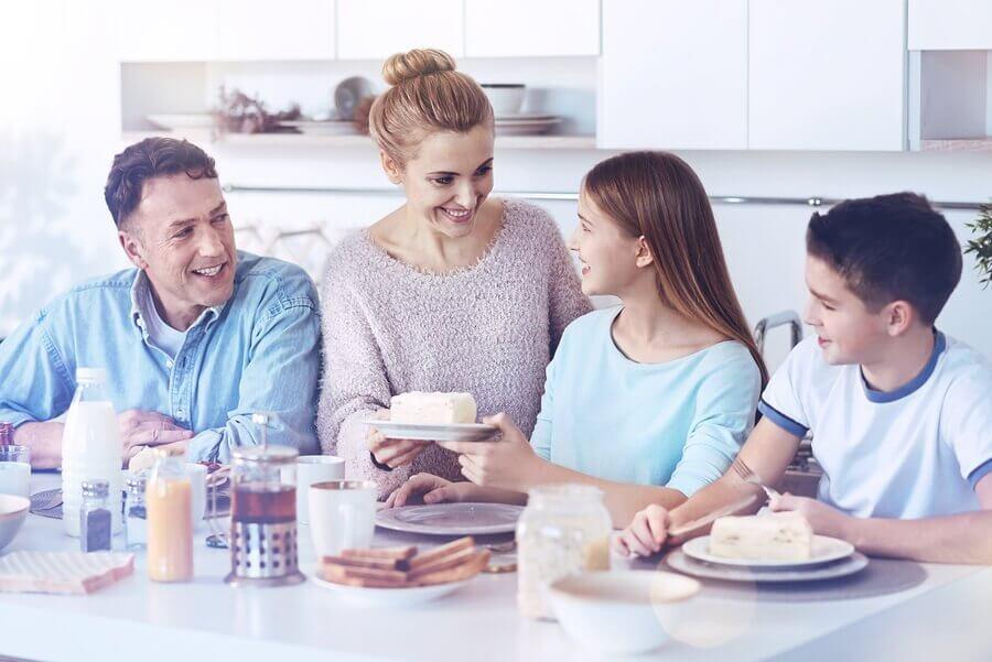 Quels sont les avantages des repas en famille ?