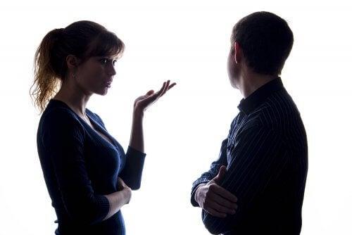 Pour communiquer en couple, il est indispensable de s'exprimer à la première personne.