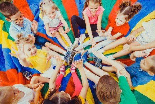 Comment s'occuper des vacances des enfants si vous travaillez ?