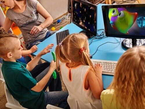 La participation est essentielle pour motiver les enfants en classe.