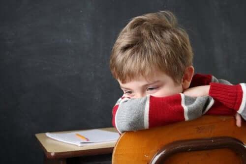 L'échec scolaire et sa faible relation avec l'intelligence