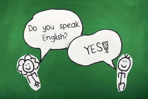 deux silhouettes en papier parlant anglais