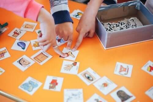 Comment enseigner à votre enfant une langue étrangère ?