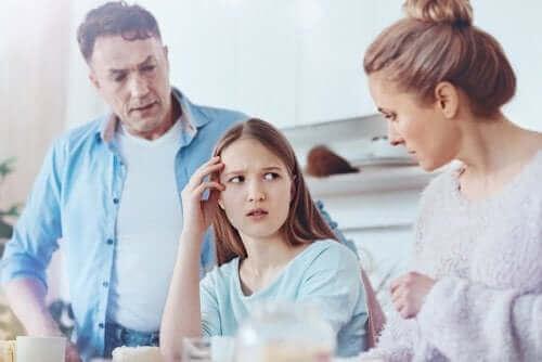 Deux parents et éducation des enfants