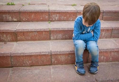 enfant soufrant de harcèlement à l'école