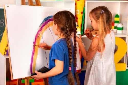 Les bénéfices des ateliers créatifs pour enfants