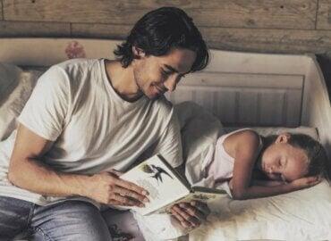 Quand commencer à lire des histoires aux enfants ?