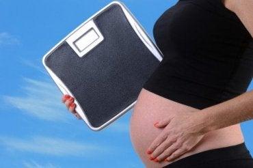 Comment l'obésité affecte la grossesse