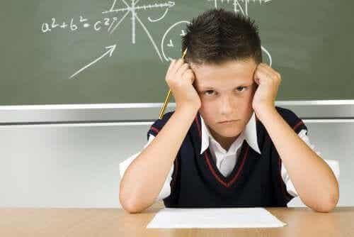 Que faire si votre enfant a de mauvaises notes à l'école ?