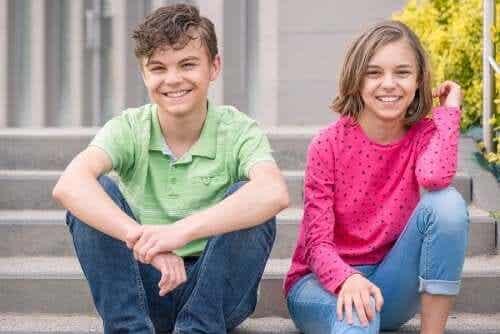 La relation entre frères et sœurs : un lien unique