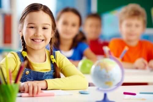 Des enfants dans une classe