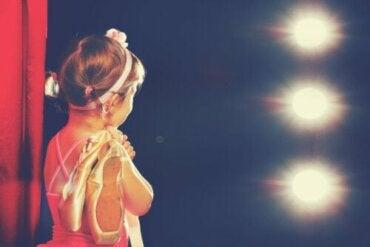 Quand devient-il possible d'emmener les enfants à des événements culturels ?