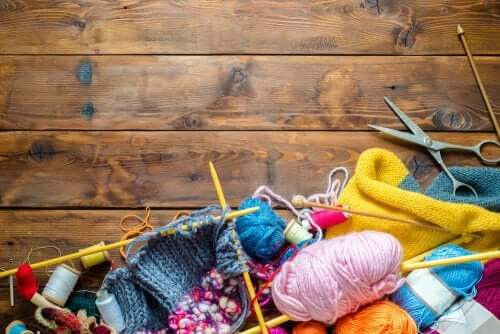 Des pelotes de laine