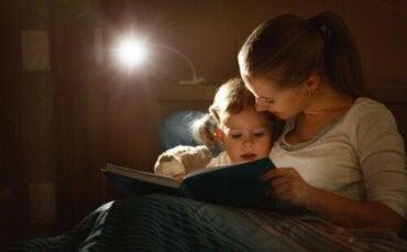 Comment initier les enfants à la lecture