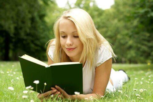 Comment stimuler les adolescents à lire